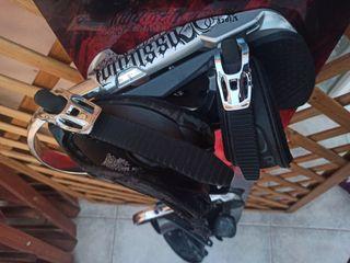 Tabla de snowboard con fijaciones y funda