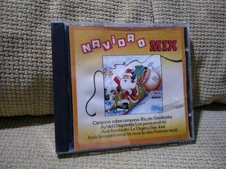 CD de NAVIDAD MIX (TEMAS NAVIDEÑOS EN VERSIÓN MIX)