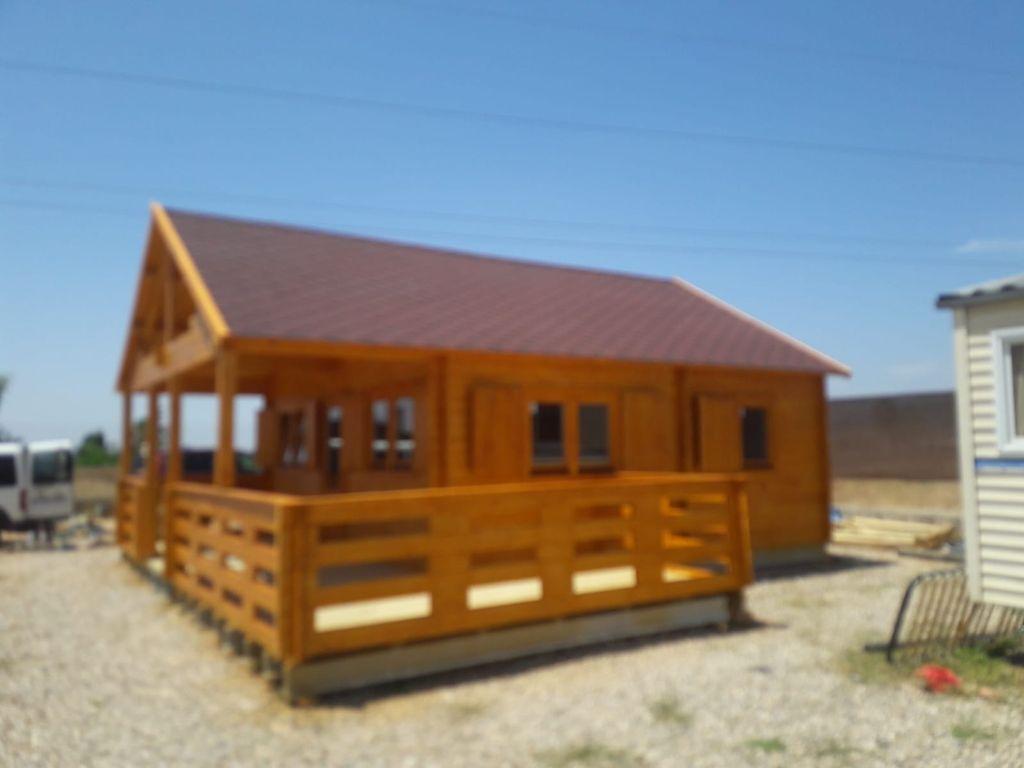Se venden casas de madera montadas y barnizadas (Cártama, Málaga)