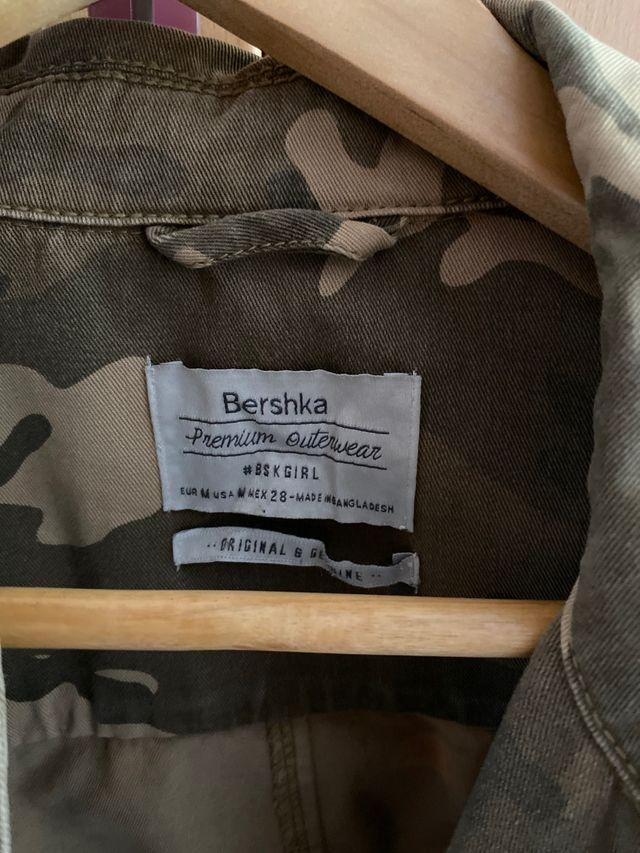Chaqueta militar Bershka