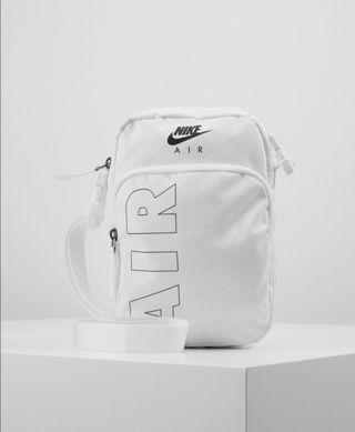 Nike Heritage Bandolera