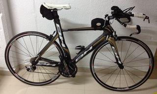 bicicleta triatlon cabra bh gc aero gold
