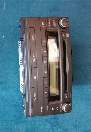 Radio CD Toyota Avensis 2010