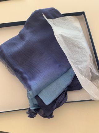 Foulard en azul degradado 100% Modal marca Lester