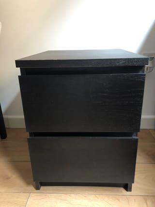 Beside table/ chest of 2 drawers