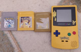 Game Boy Color Edición Pikachu + Juegos Pokemon