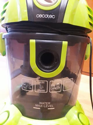 Aspiradora de agua Cecotec