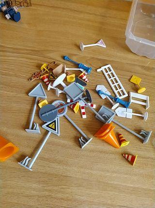 Señales y conos de juguete y más