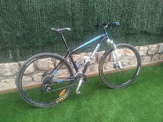 Bicicleta MTB Trek Caliber 4