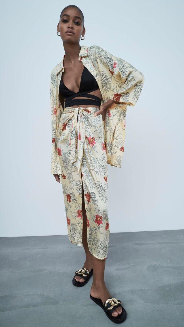 Falda Midi Nudo Zara