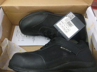 zapatos de segutidad de mujer