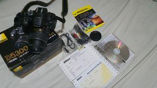 Se vende camara foto réflex Nikon D5300 con wifi