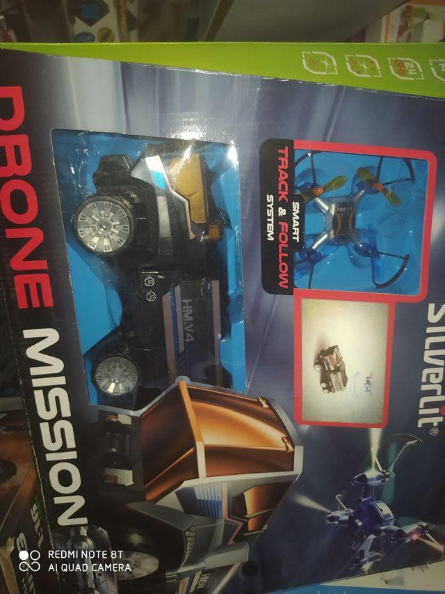 camion más mini dron