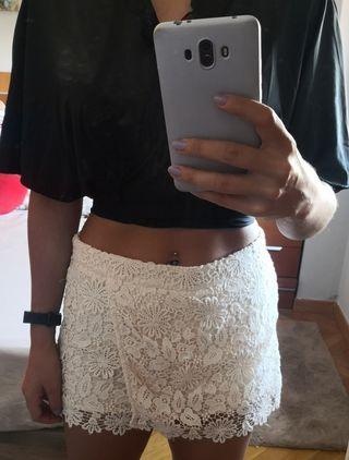 Falda-pantalón de encaje