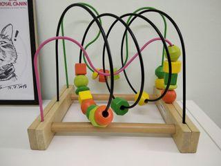 Juguete de estimulación cognitiva para bebés