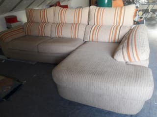 sofa impecable