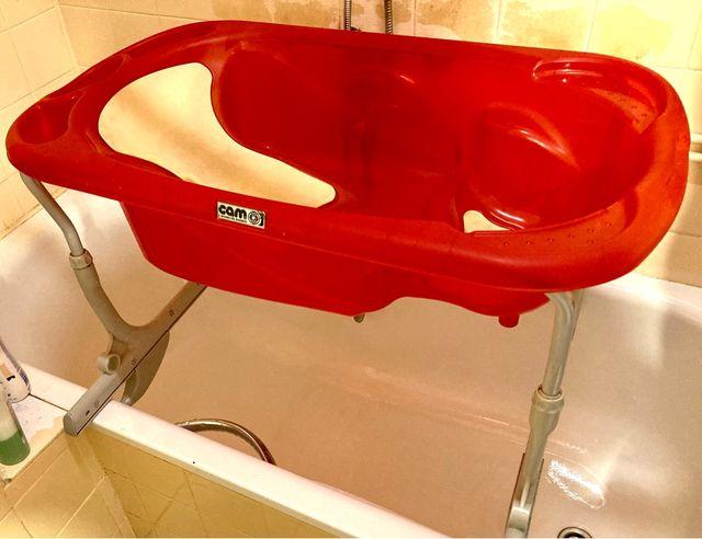 Bañera con soporte para bañera