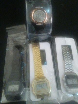 4 Relojes nuevos digitales