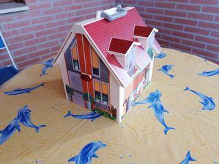 Casa de muñecas maletin de Playmobil