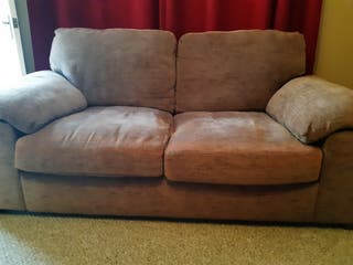 Harvey's three seater and two seater settees