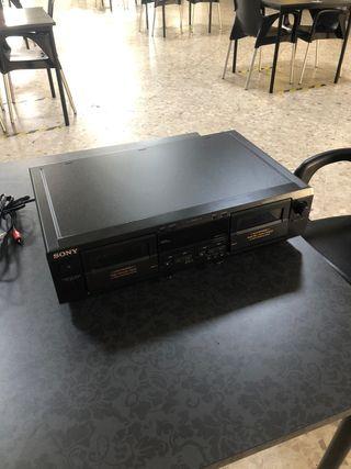 Sony TC-WR681 reproductor de cinta y casete doble