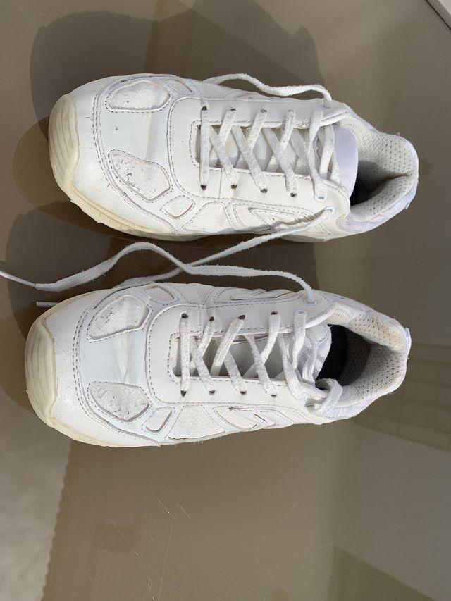 Deportes blancos GEOX talla 37