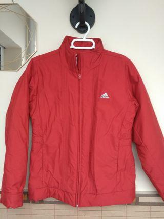 Cazadora Adidas roja