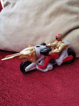 Power Rangers Megaforce. Moto Miracle.