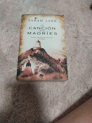 Sarah Lark. La canción de los Maoríes.
