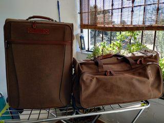 Juego bolsa y maleta de piel Salvador Bachiller