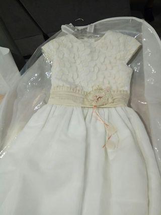 vestido de comunión tizzas más corona y zapatos