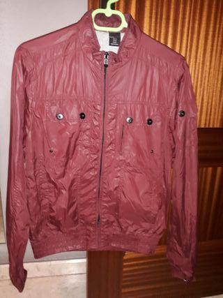 chaqueta zara rojo granete muy bonita solo 10e