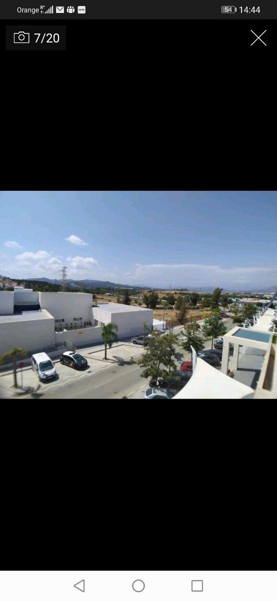 Piso en Urbanización con piscina, terraza y parking (Torre del Mar, Málaga)