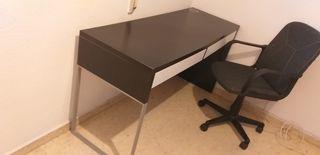 Escritorio ikea o mesa de despacho con dos cajones