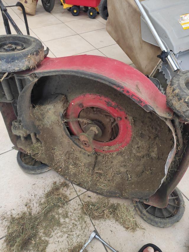 reparación de maquinaria de jardinería