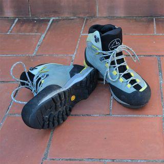 Botas de montaña La Sportiva T39