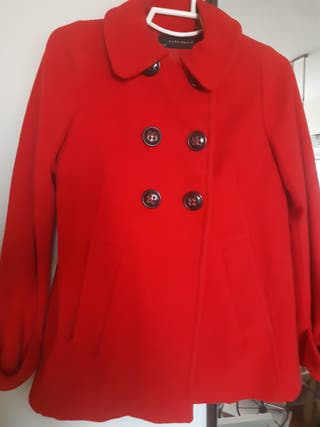 chaqueta roja de zara