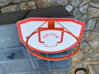 Canasta y tablero baloncesto