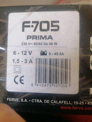 Cargador de baterías Ferve F-705