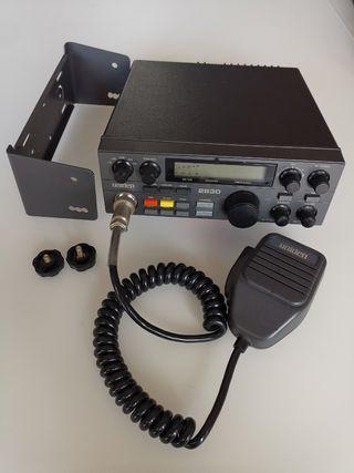 cb radio uniden 2830 /President Lincoln