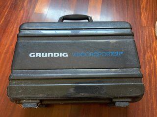 Cámara de vídeo Grundig VS 8800