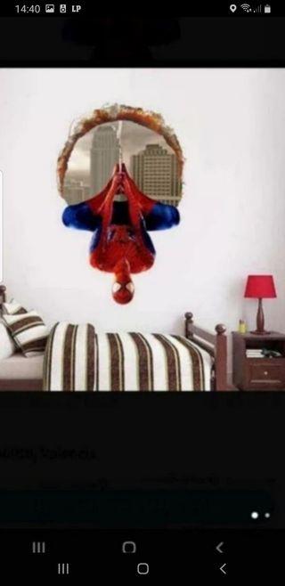 Vinilo de Spiderman 3D al reves completamente nuev
