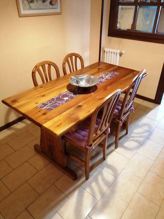 Mesa comedor madera maciza de pino con 4 sillas