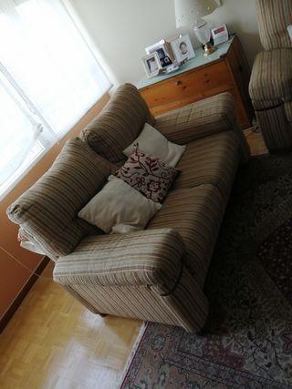 Se vende sofá 2 módulos