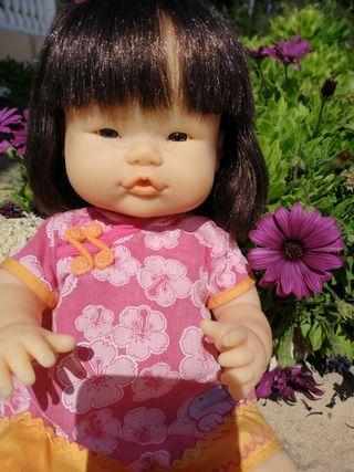 Muñeca Asiatica