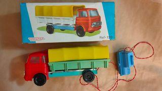 Camión Molto ref 120