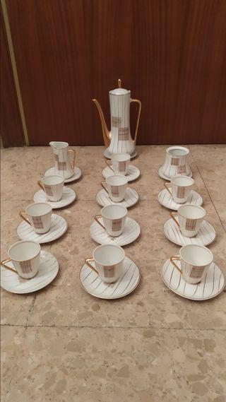 Juego de café porcelana fina antigua Laype