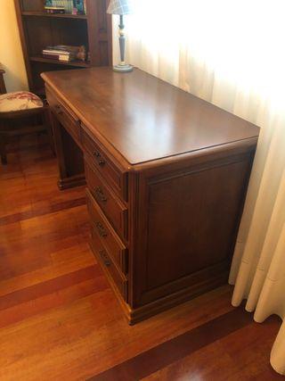 Mesa escritorio de madera cerezo