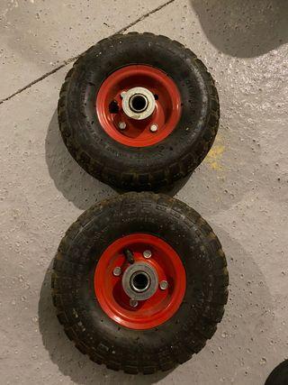 Ruedas con neumáticos para carro de transporte