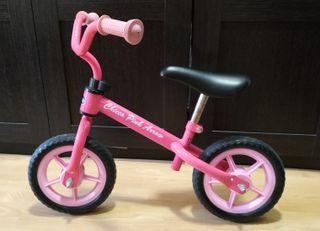 Bicicleta Chicco sin pedales para niña